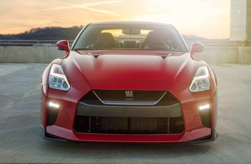 2017_Nissan_GT_R_Track_Edition_06