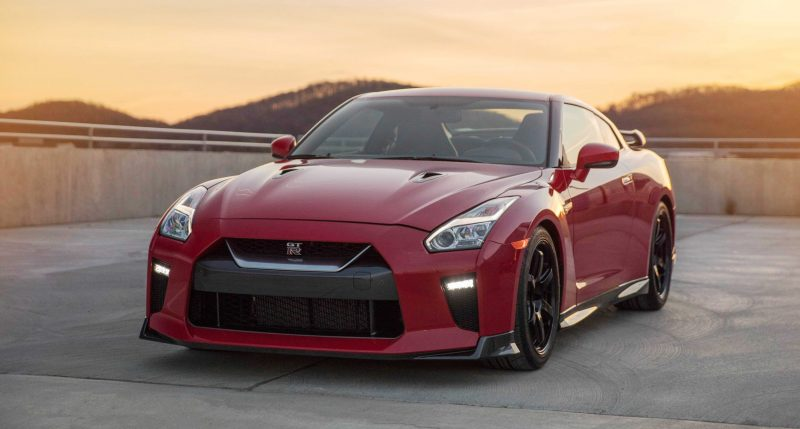 2017_Nissan_GT_R_Track_Edition_08