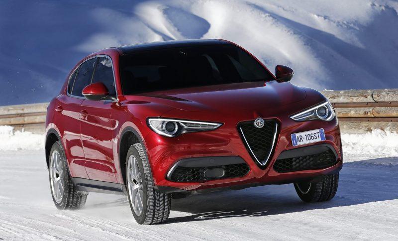 2018 Alfa Romeo STELVIO18
