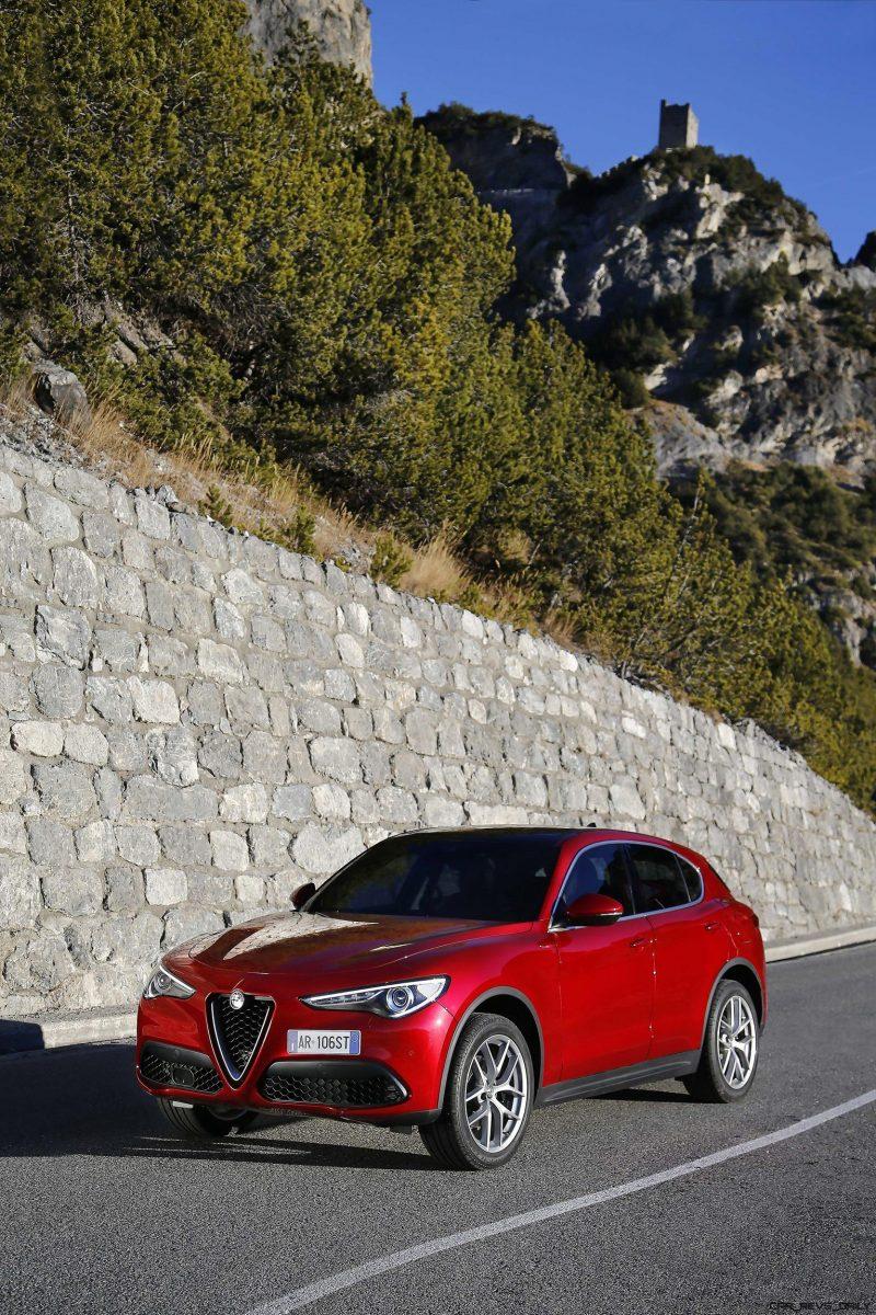 2018 Alfa Romeo STELVIO39