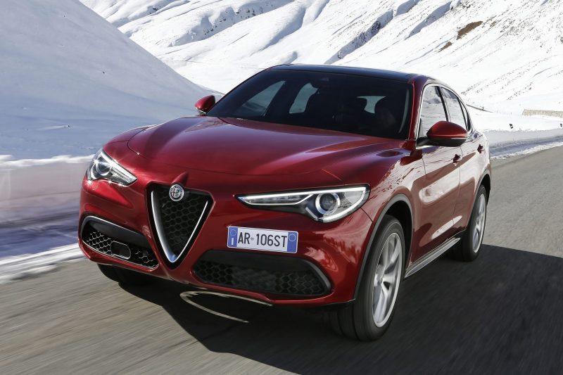 2018 Alfa Romeo STELVIO46