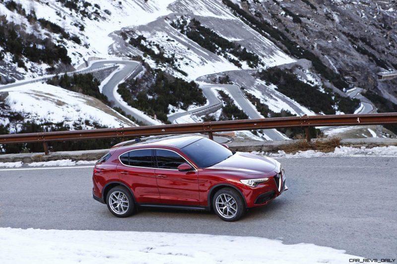 2018 Alfa Romeo STELVIO51