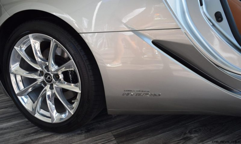 2018 Lexus LC500h Exterior Amelia 25