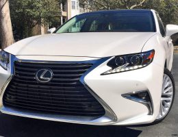 2017 Lexus ES350 – HD Road Test Review w/ 2 Videos – By Tom Burkart