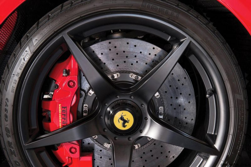 2014 Ferrari LaFerrari 22