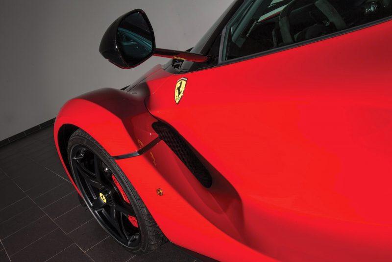 2014 Ferrari LaFerrari 23