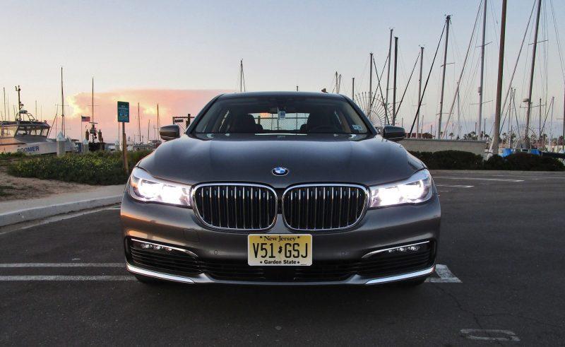 2017 BMW 740e 2