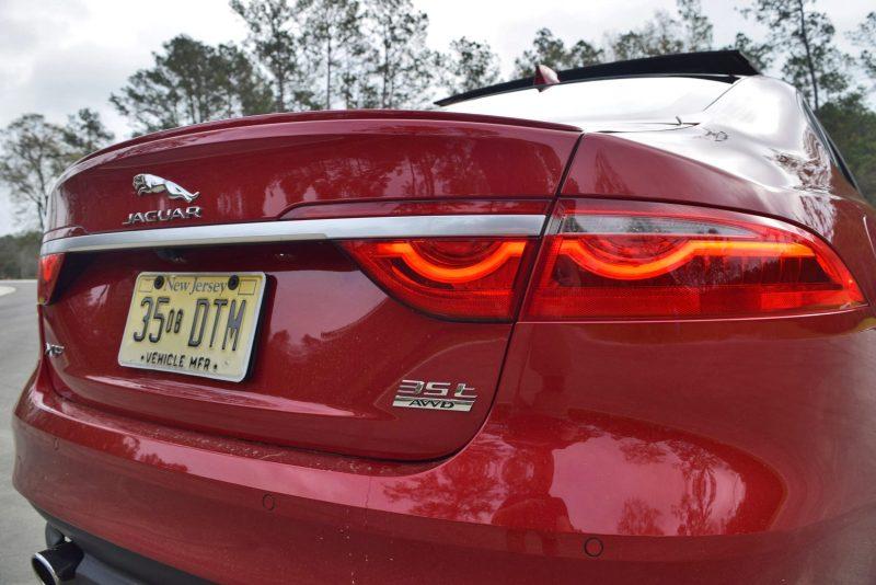 2017 Jaguar XF 35t AWD R-Sport 20