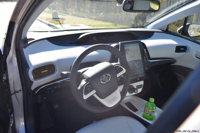 2017 Toyota PRIUS PRIME Interior Photos 3