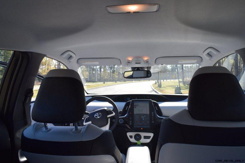 2017 Toyota PRIUS PRIME Interior Photos 5