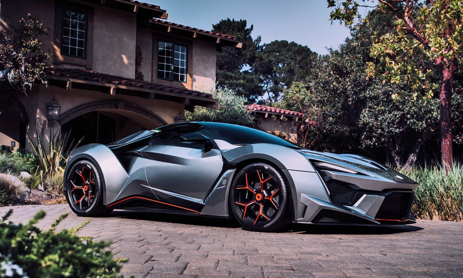 2017 W Motors FENYR SuperSport In Near-Production Form for