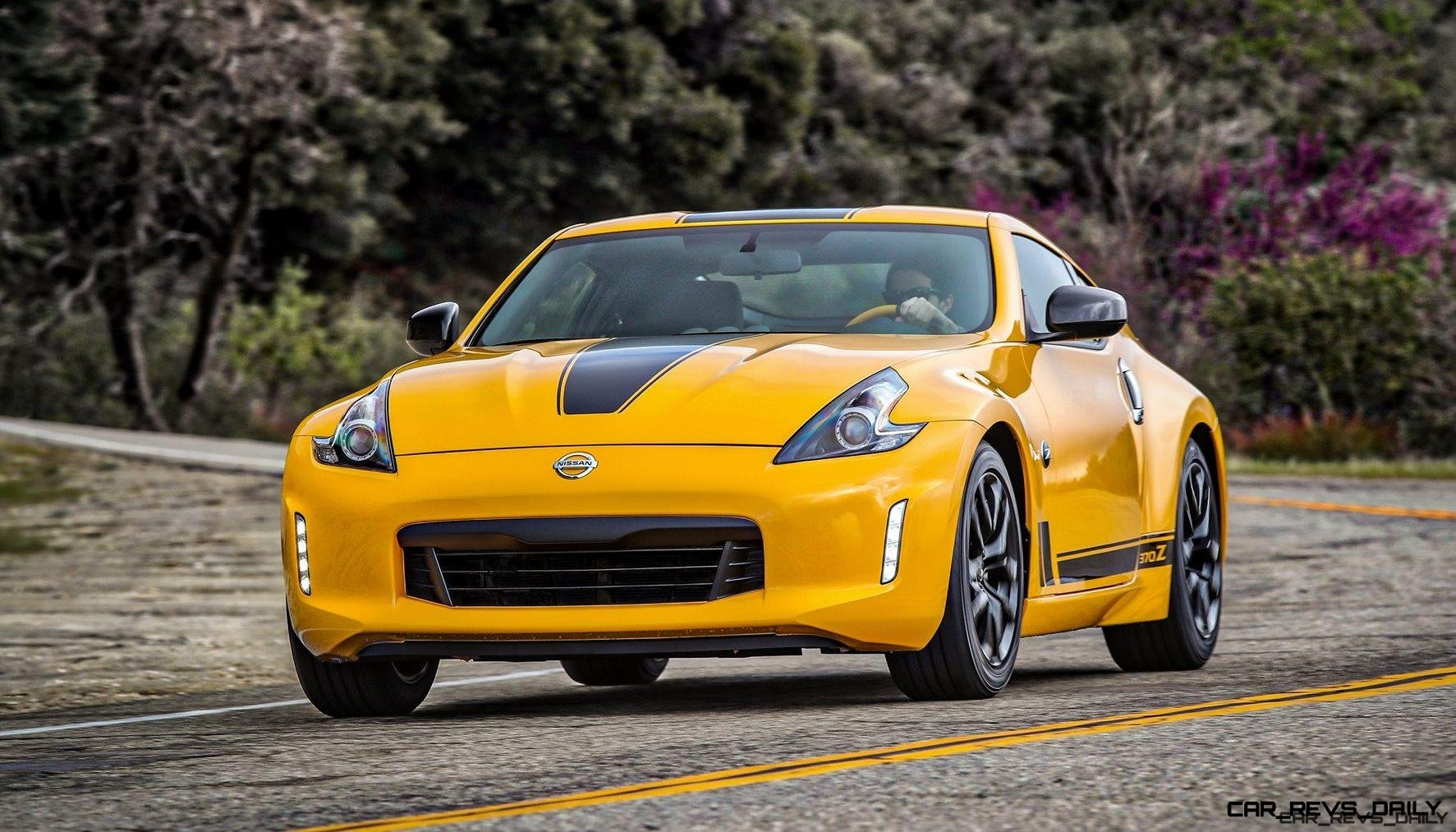 2018_Nissan_370Z_Heritage_Edition_photo_7