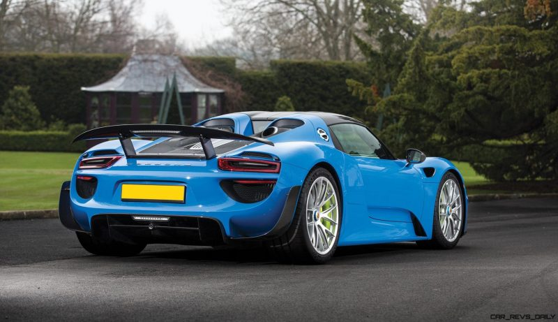 Arrow Blue Porsche 918 Spyder 2