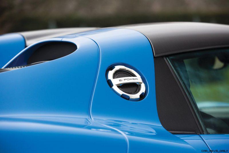 Arrow Blue Porsche 918 Spyder 26