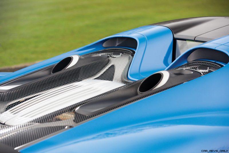 Arrow Blue Porsche 918 Spyder 3