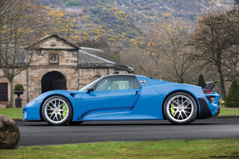 Arrow Blue Porsche 918 Spyder 5