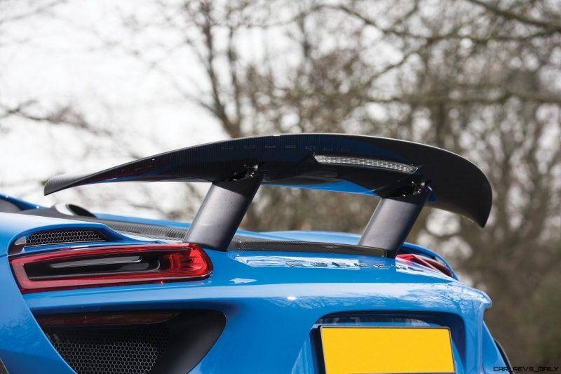 Arrow Blue Porsche 918 Spyder 7