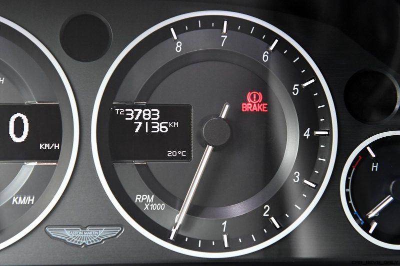 Aston Martin V12 Zagato White No Zero 14