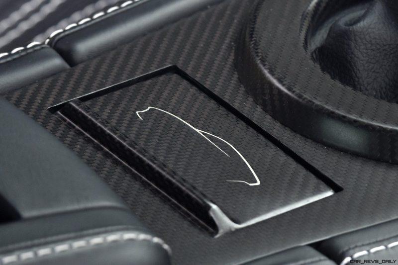 Aston Martin V12 Zagato White No Zero 18