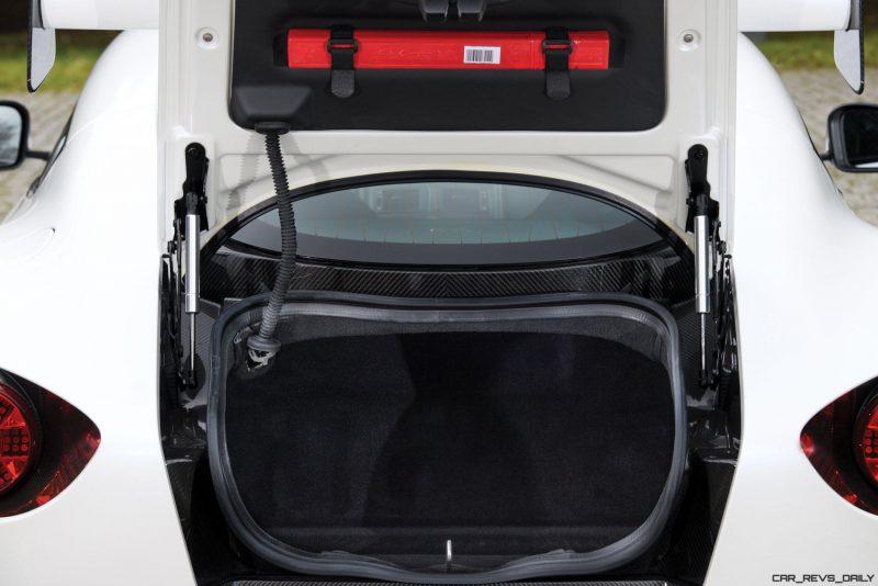 Aston Martin V12 Zagato White No Zero 29