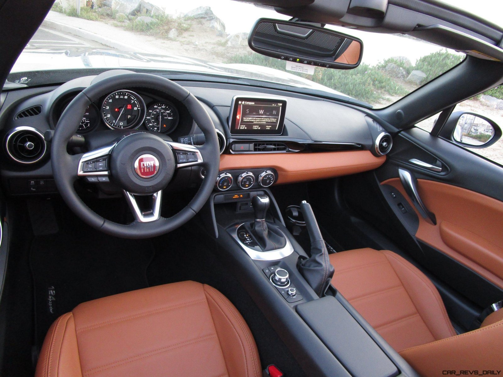 2017 fiat 124 spider lusso interior 20. Black Bedroom Furniture Sets. Home Design Ideas