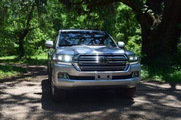 2017 Toyota LAND CRUISER – HD Road Test Review + 3 Videos
