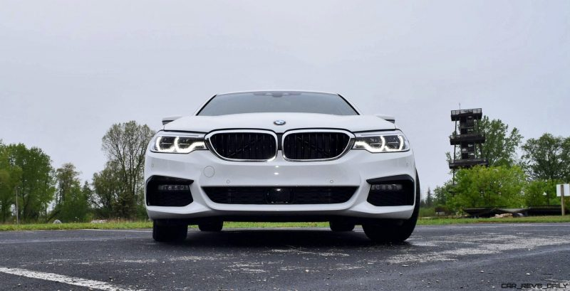 2017 BMW 540i 25