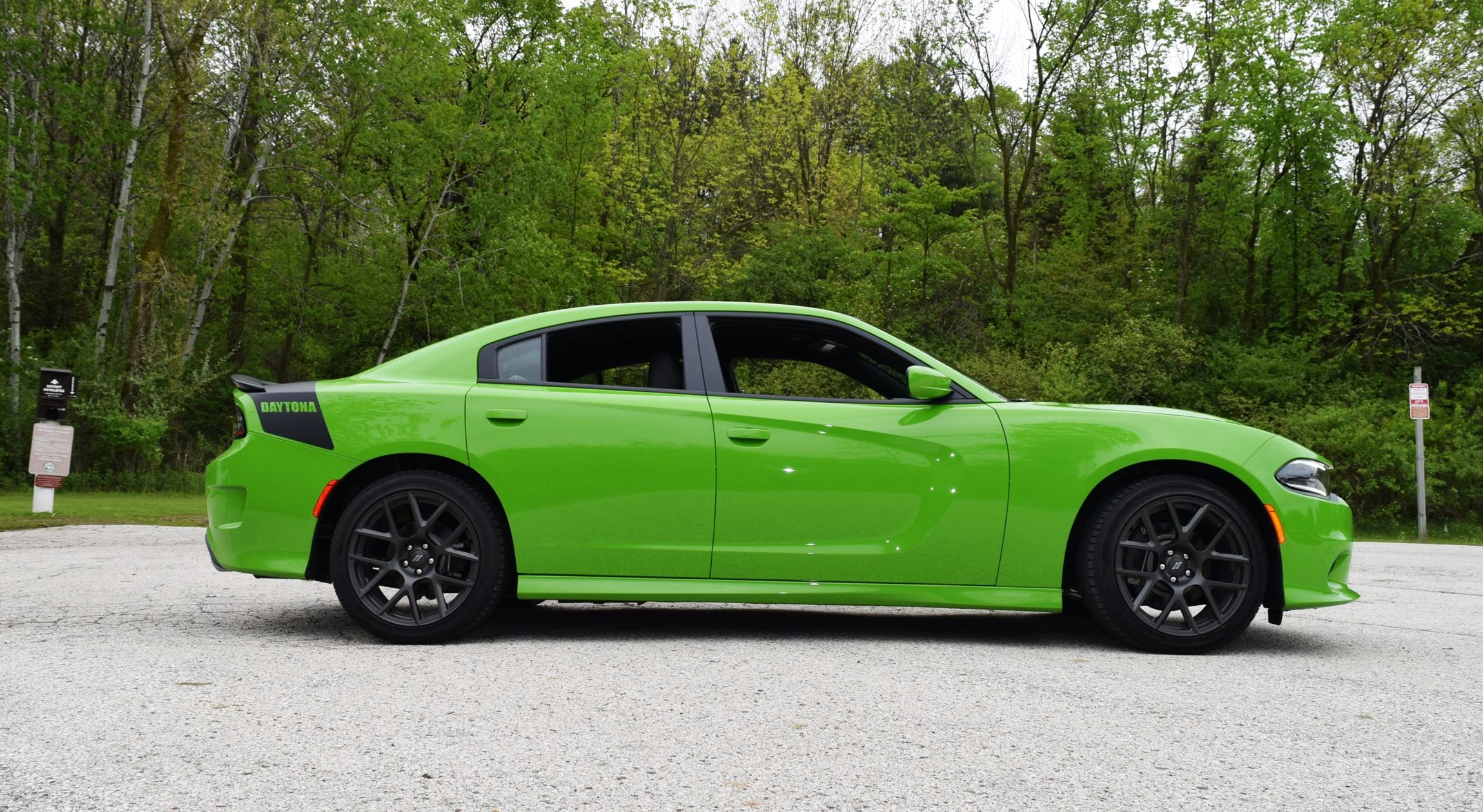 2017 Dodge Charger DAYTONA 12