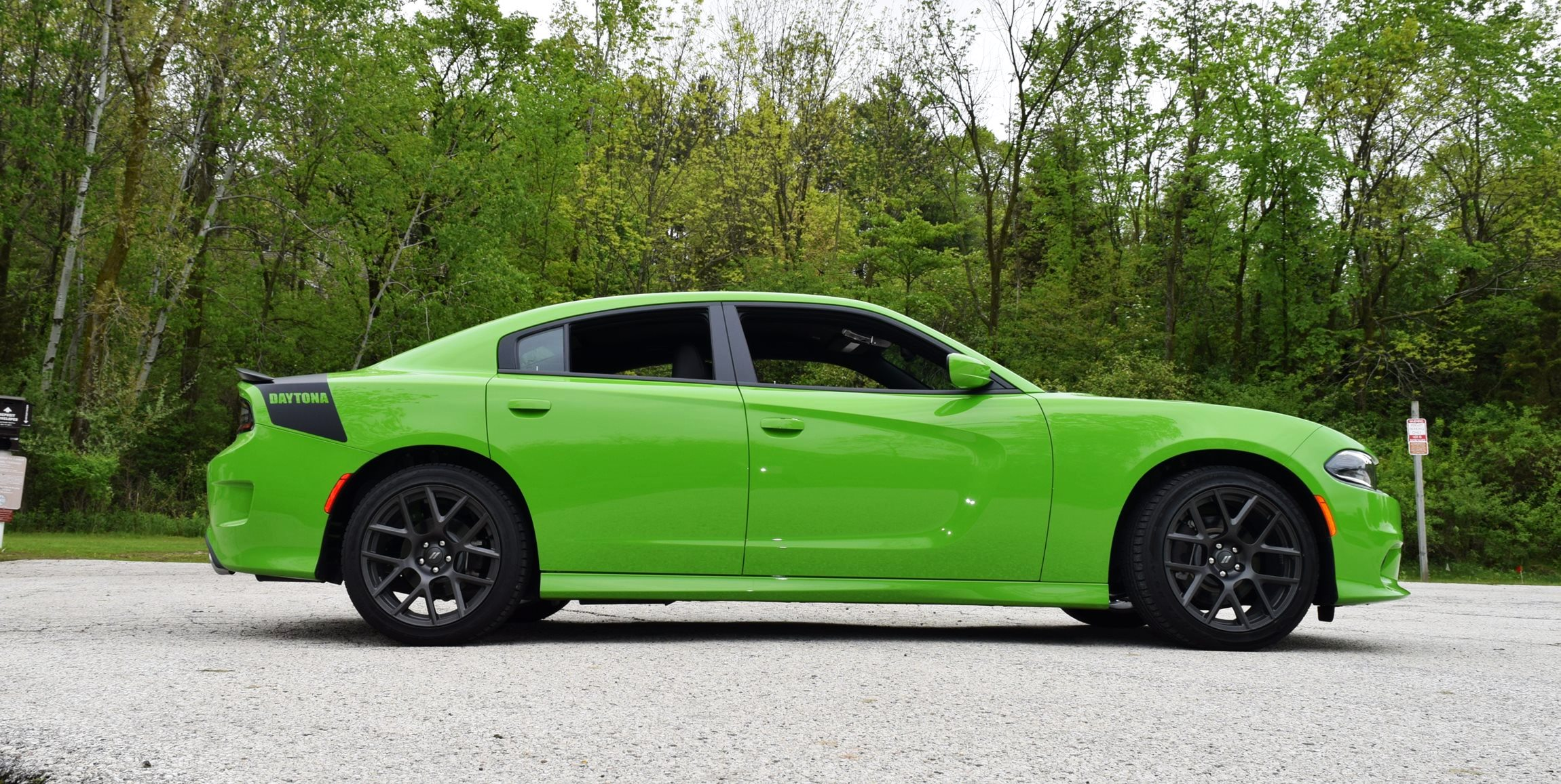 2017 Dodge Charger DAYTONA 13