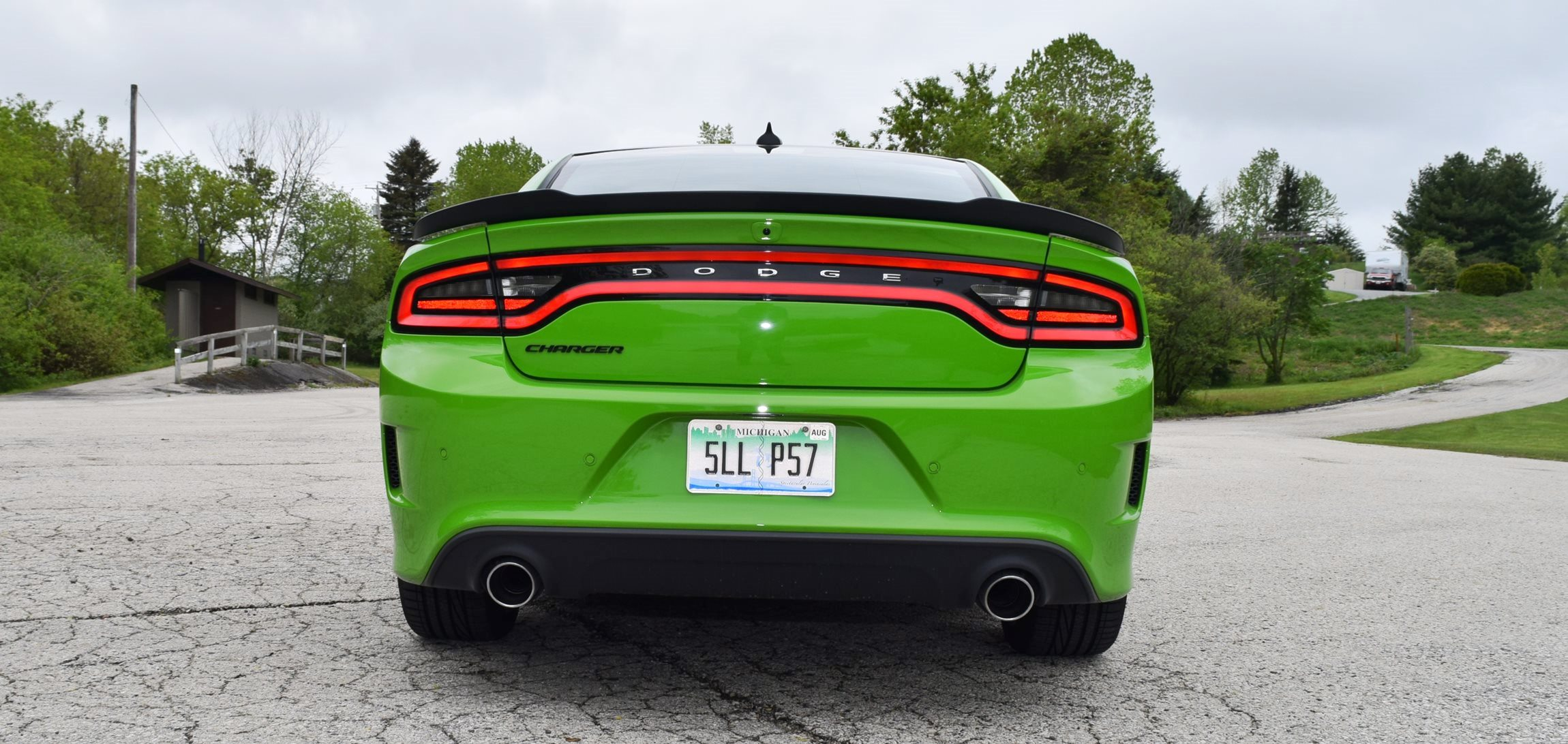 2017 Dodge Charger DAYTONA 19