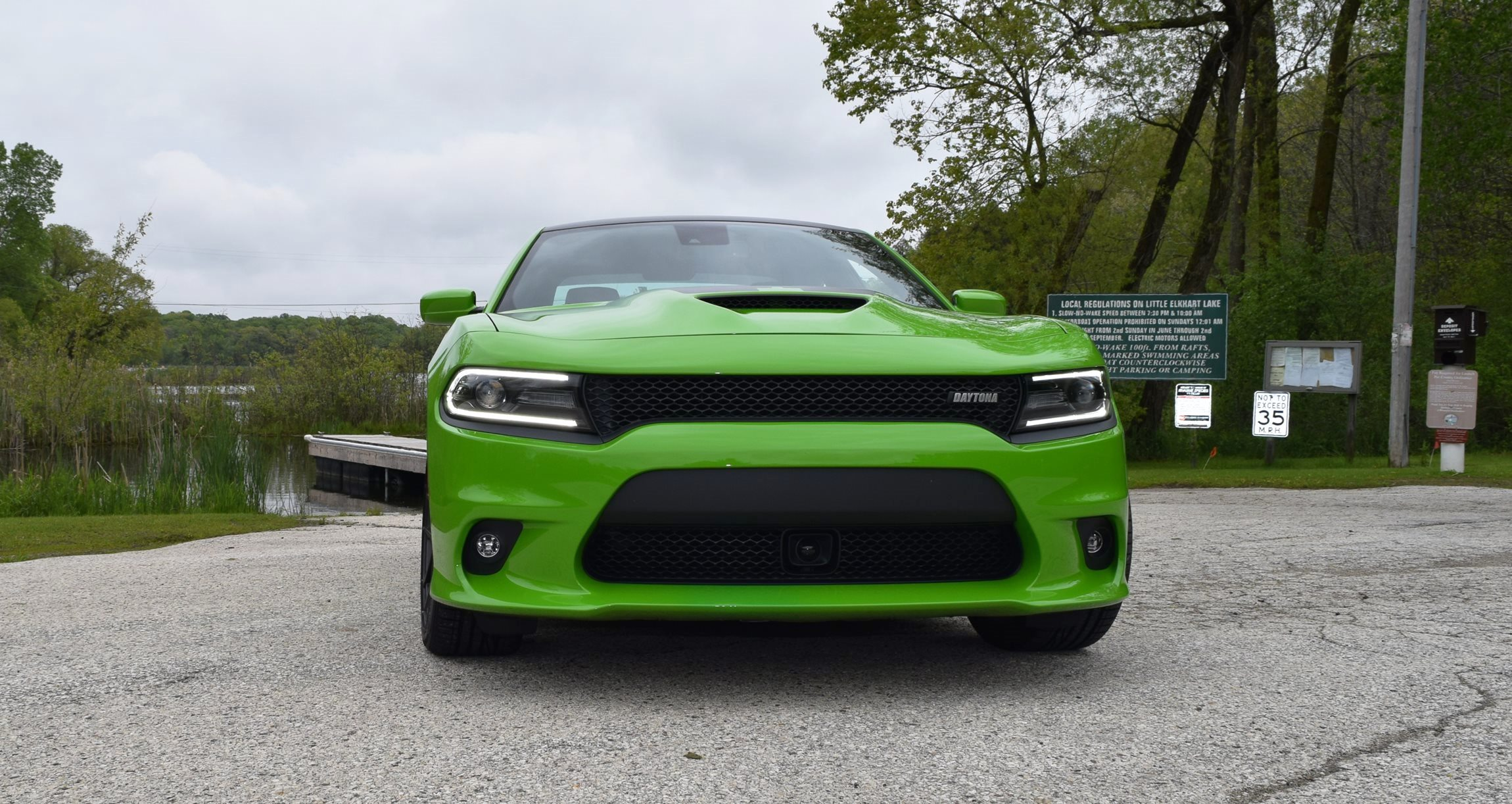 2017 Dodge Charger DAYTONA 2