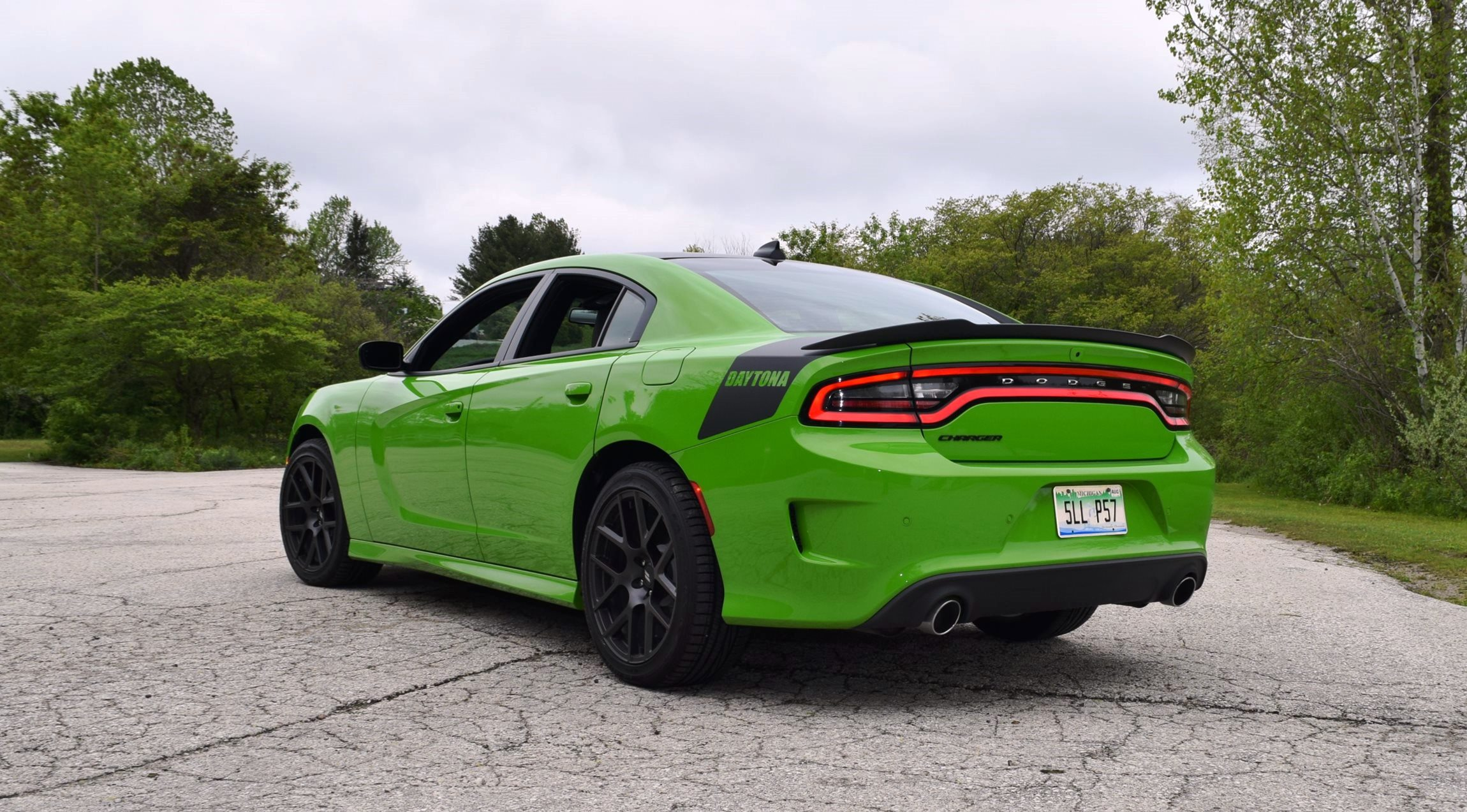 2017 dodge charger daytona first drive w active exhaust 44 photos. Black Bedroom Furniture Sets. Home Design Ideas