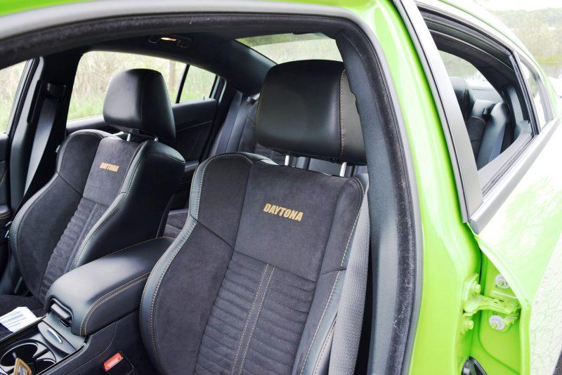 2017 Dodge Charger DAYTONA 43