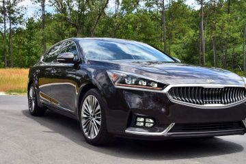 2017 KIA Cadenza Limited – Road Test Review + 2 Videos