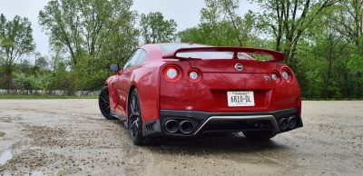 2017 Nissan GT-R Review 31