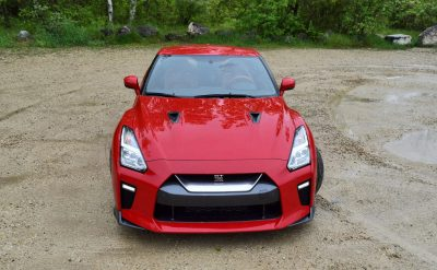 2017 Nissan GT-R Review 9