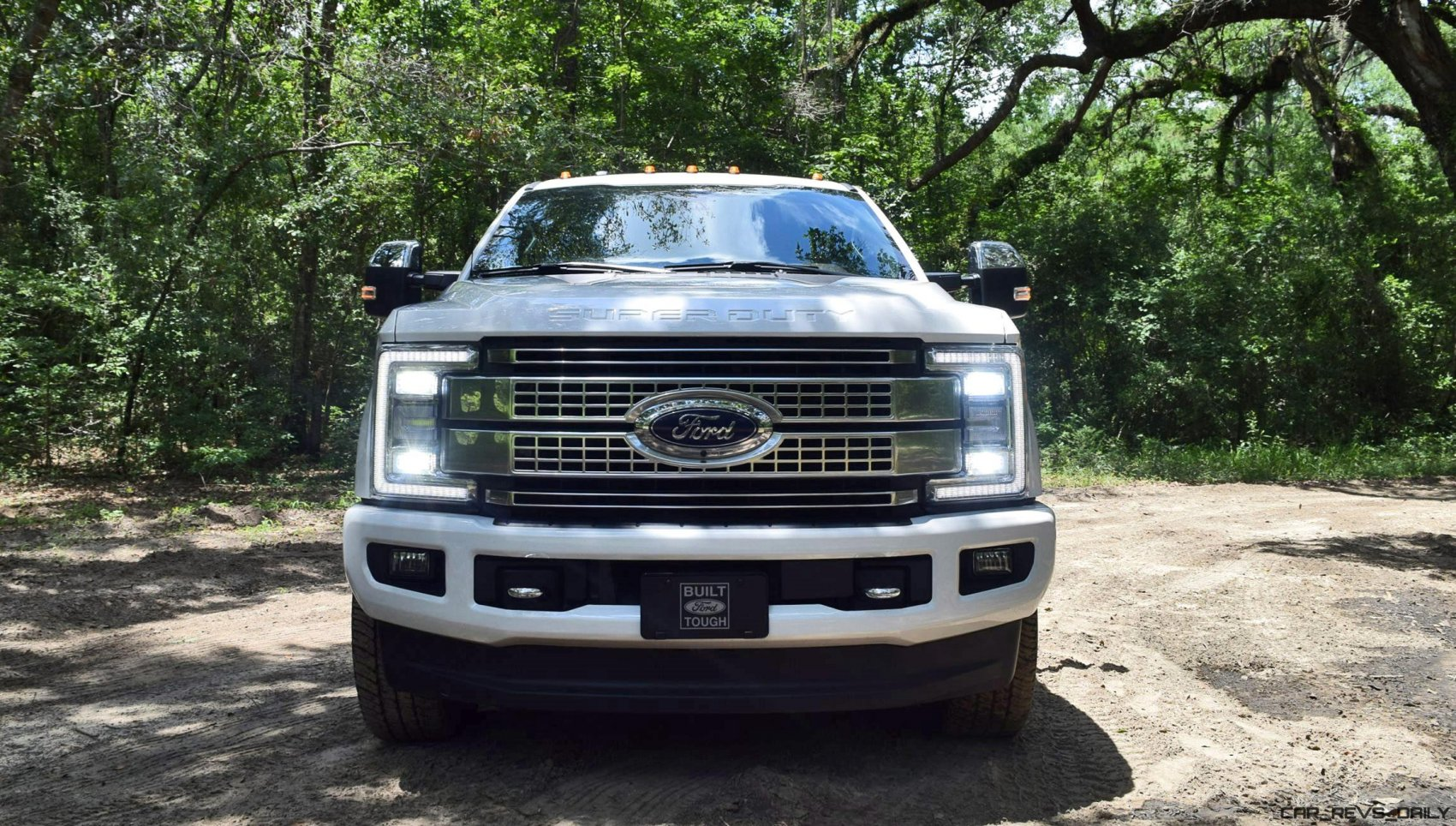 2017 ford f 250 super duty platinum white exteriors 12. Black Bedroom Furniture Sets. Home Design Ideas