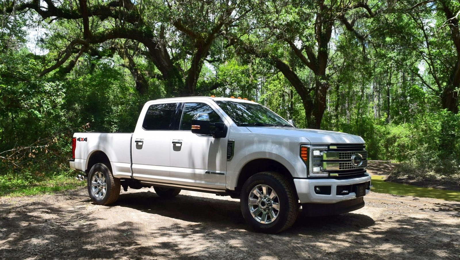 2017 ford f 250 super duty platinum white exteriors 15. Black Bedroom Furniture Sets. Home Design Ideas