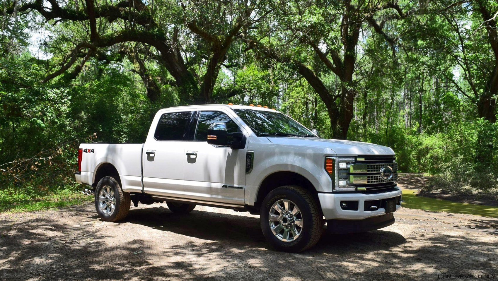 2017 ford f 250 super duty platinum white exteriors 16. Black Bedroom Furniture Sets. Home Design Ideas