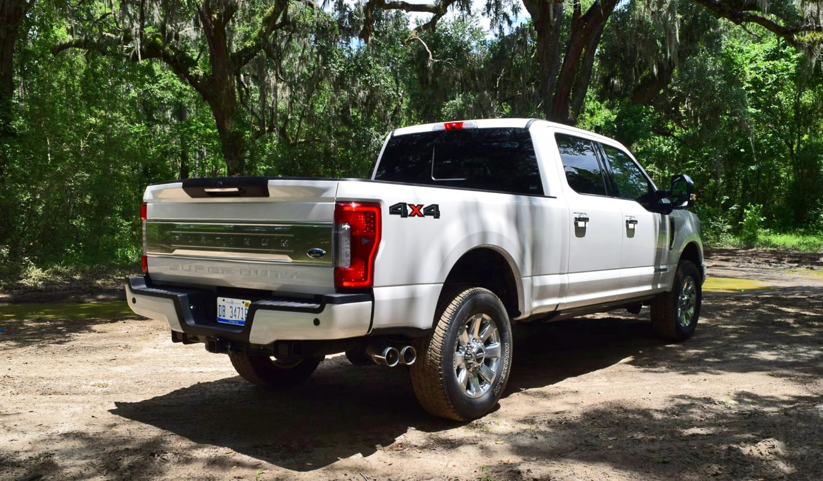 2017 ford f 250 super duty platinum white exteriors 20. Black Bedroom Furniture Sets. Home Design Ideas