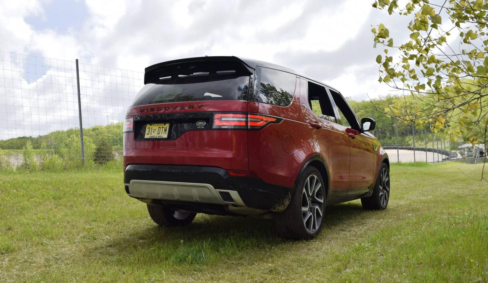 2018 Land Rover DISCOVERY 39