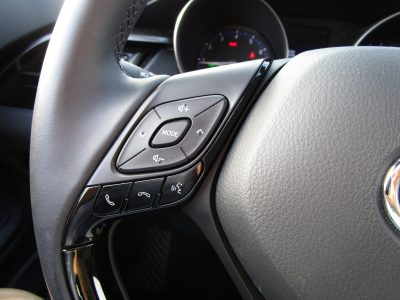 2018 Toyota CH-R Interior Photos 32