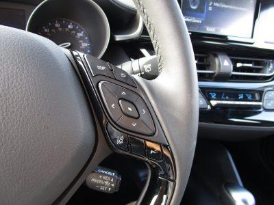 2018 Toyota CH-R Interior Photos 33