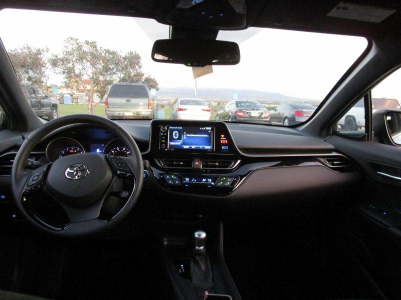 2018 Toyota CH-R Interior Photos 5