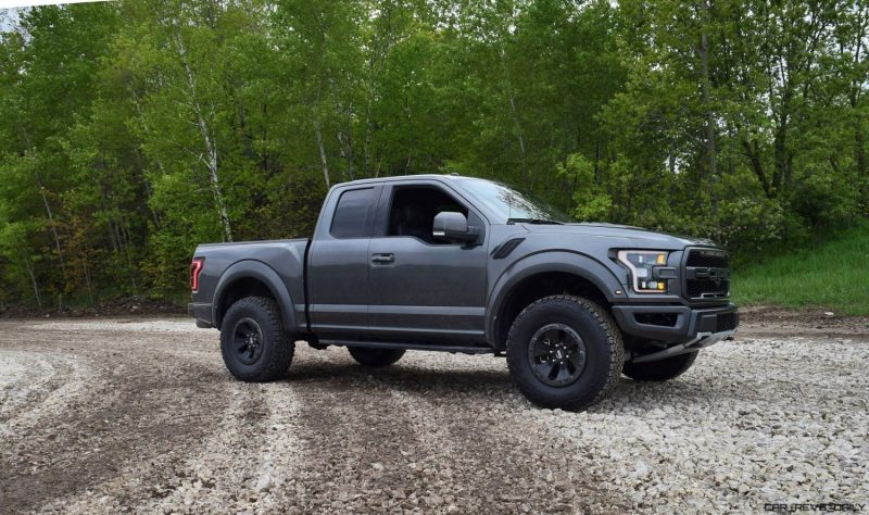 2017 ford f 150 raptor 4x4 supercab first drive review. Black Bedroom Furniture Sets. Home Design Ideas