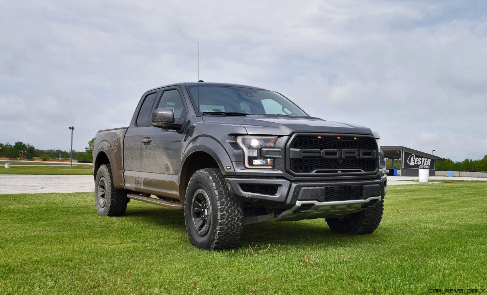 2017 ford f 150 raptor 4x4 supercab first drive review car shopping. Black Bedroom Furniture Sets. Home Design Ideas
