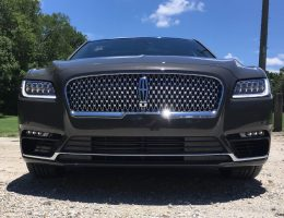 In Pictures: 2017 Lincoln Continental – Widescreen Gallery