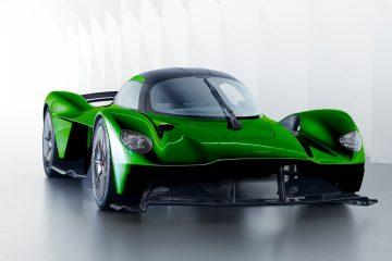 6 Ways the 2019 Aston Martin VALKYRIE Is Next-Gen Bonkers
