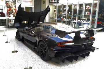 In Pictures: 2016 Aston Martin VULCAN Details – By James Crabtree