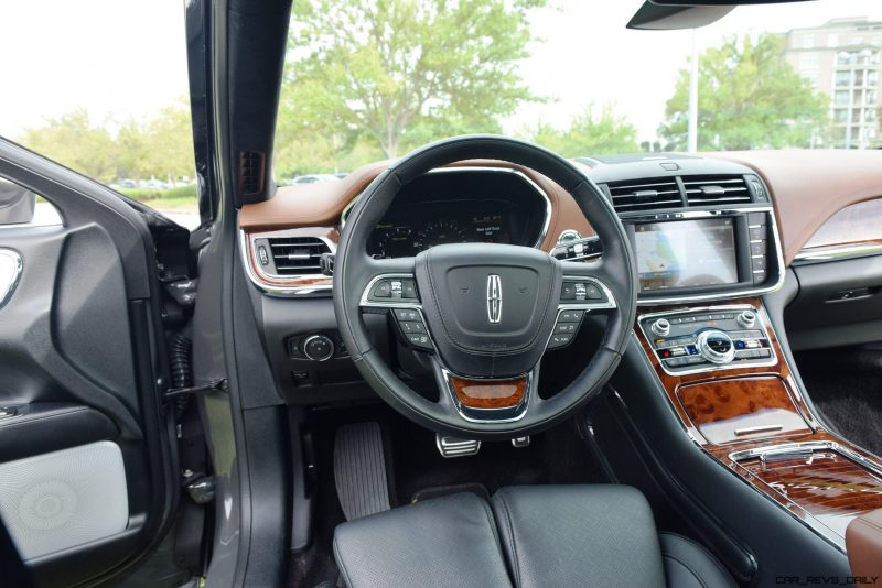 Lincoln Continental 2017 Interior 19